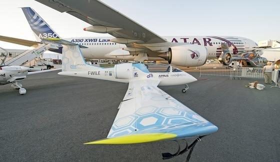 Der Airbus E-Fan soll in Serie gebaut und zur Grundausbildung von Piloten genutzt werden.