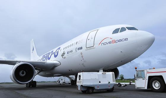 Das Parabelflugzeug Zero-G: Der Airbus A310 hat 26 Jahre auf dem Buckel. Heute lässt er Wissenschaftler im Sturzflug die Schwerelosigkeit erleben.