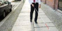 Britische Ingenieure entwickeln einen Blindenstock, der Gesichter erkennt