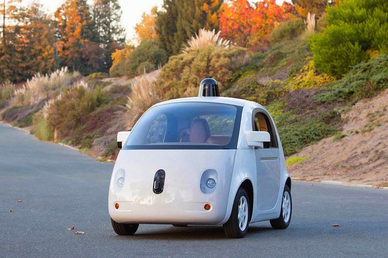 Prototyp des Google-Autos: Ein Knopfdruck reicht, schon fährt es zum gewünschten Ziel. Lenkrad, Gas- und Bremspedal sind überflüssig.