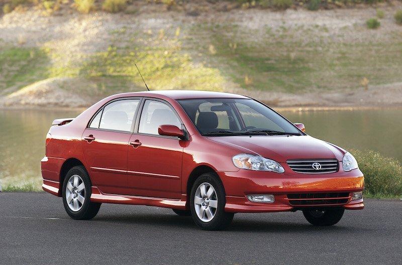 Toyota Corolla der neunten Generation: Vom Rückruf betroffen sind Fahrzeuge aus dem Produktionszeitraum März 2003 bis März 2007.
