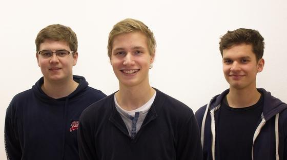 Diese drei jungen Herren aus Flensburg wollen Programmieren zum Kinderspiel machen (v.l.n.r.): Samuel Brinkmann, Rune Piper und Thorben Grodon. Alle 18 Jahre jung.