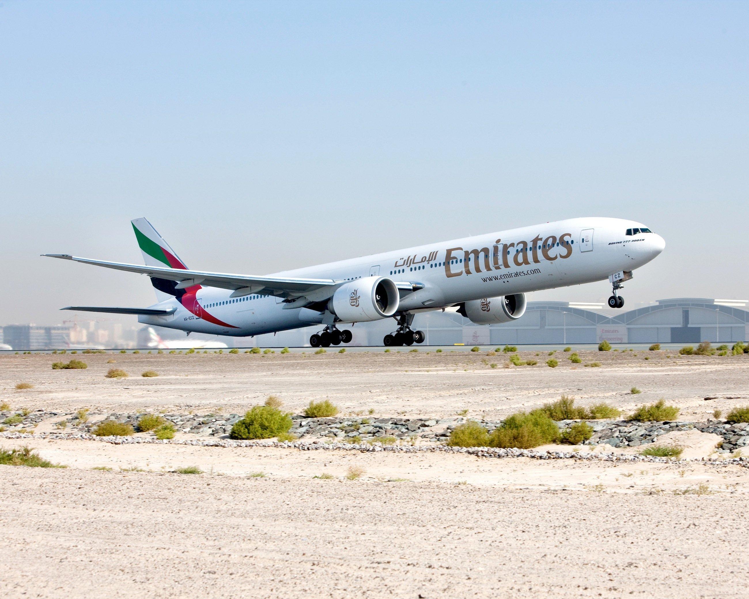 Auch Emirates ist ein Großkunde für das Langstreckenflugzeug Boeing 777-300ER, das derzeit mit hohen Rabatten angeboten wird.