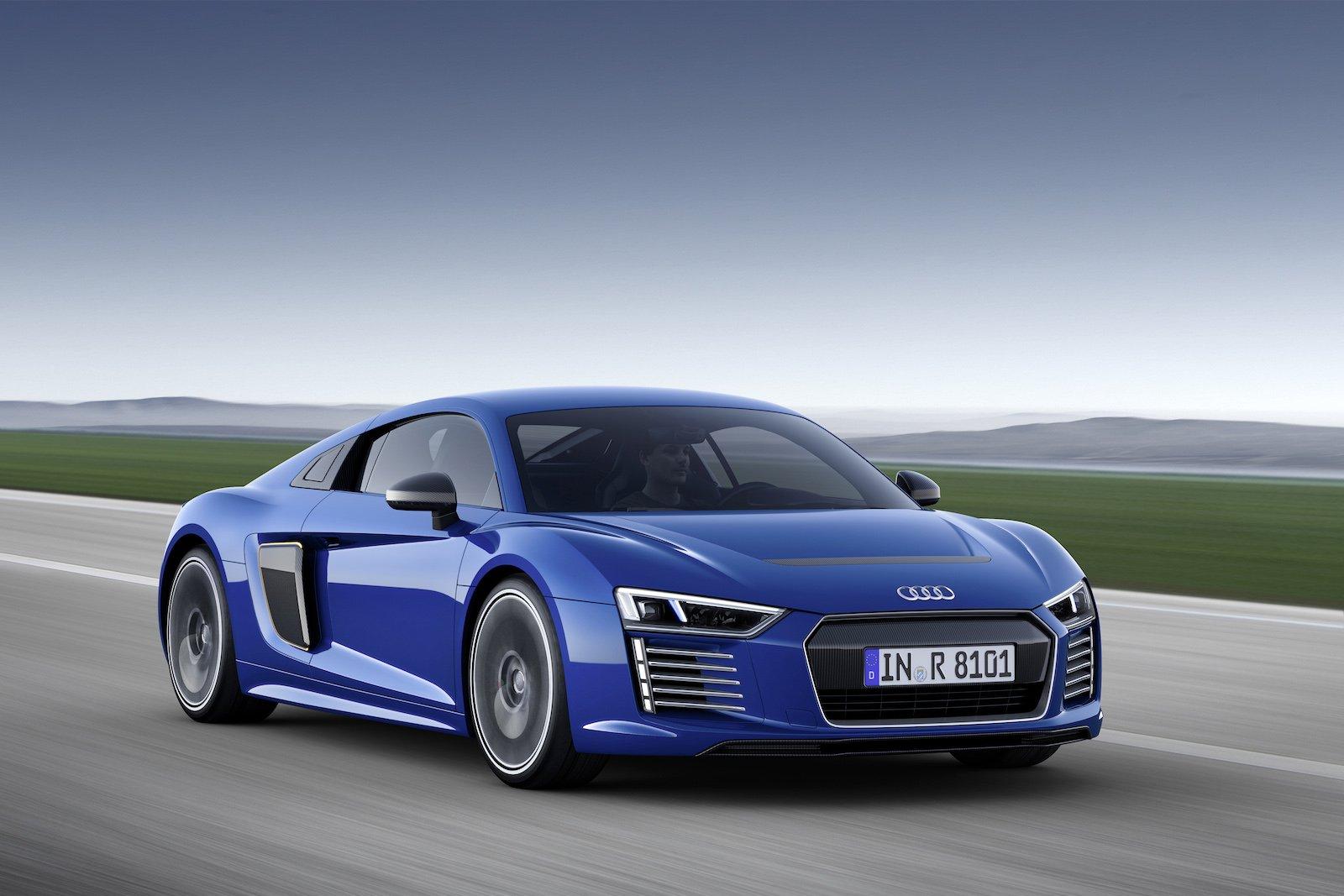 """Als """"mobiles Hightech-Labor"""" sieht Audi seinen R8 e-tron, der nur auf Kundenwunsch auch wirklich gebaut wird."""