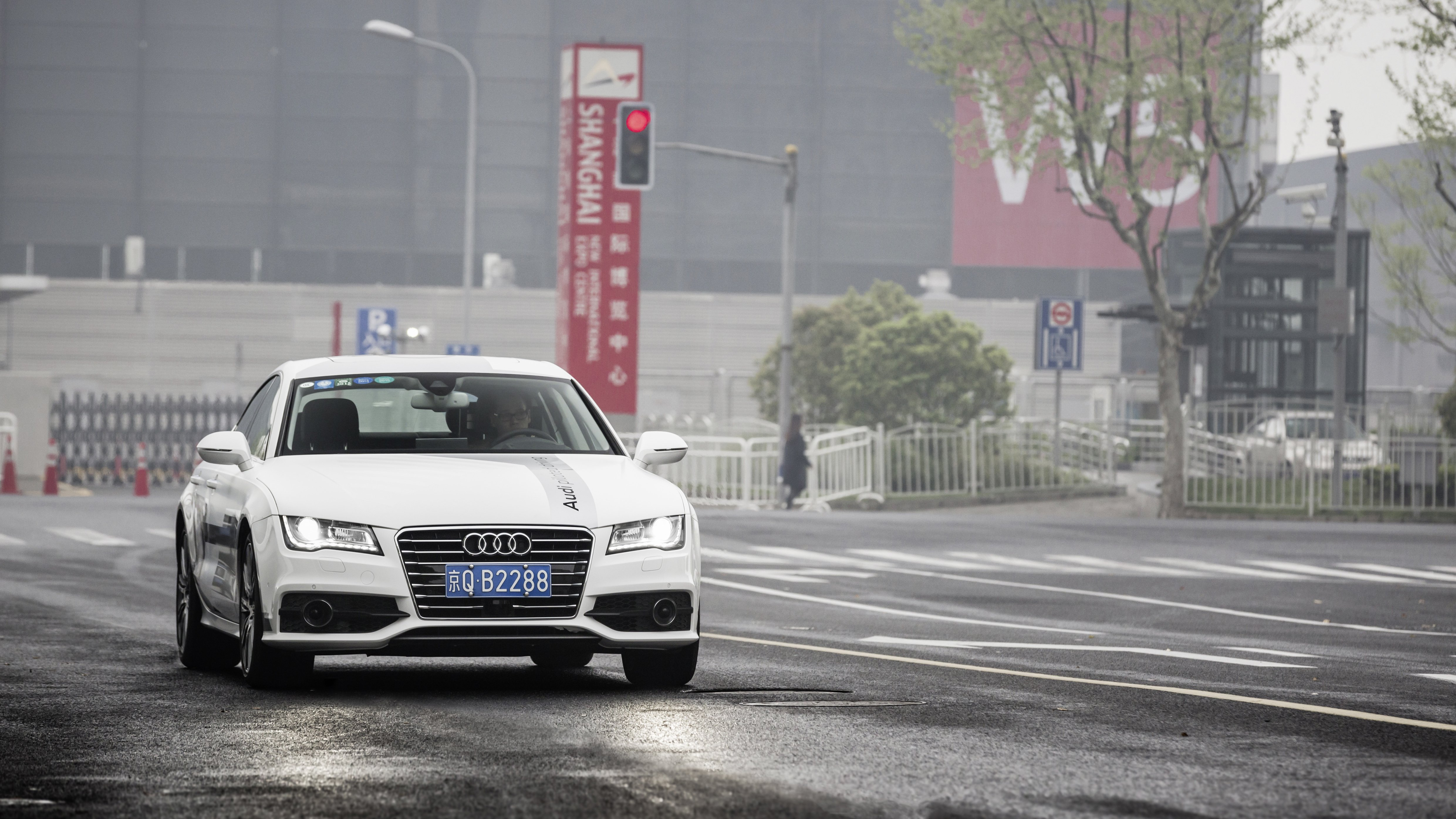 """Im A7 Sportback konnten Journalisten auf der CES in Schanghai das """"pilotierte Fahren"""" selbst ausprobieren."""
