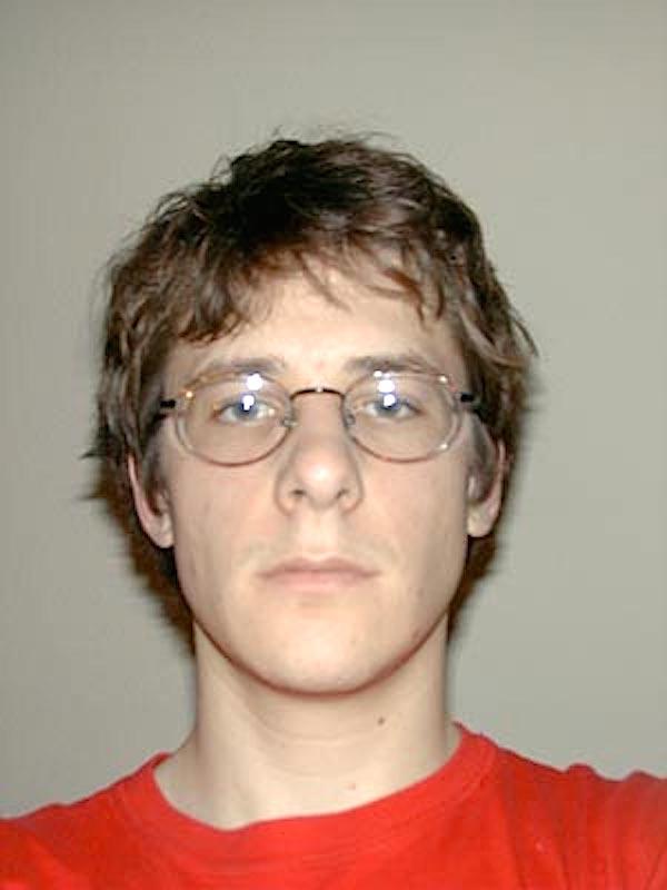 Dieses Selfie zeigt Jonathan K. Keller zu Beginn seines Langzeitprojekts mit 22 Jahren und stammt vom 1. Oktober 1998.