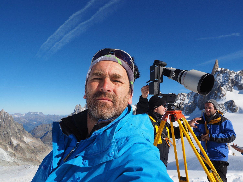 Selfie in 3500 m Höhe: Die Fotografen verbrachten 35 Stunden am Mont Blanc und schossen 70.000 Fotos.