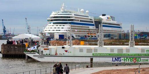 Schwimmendes Kraftwerk versorgt Kreuzfahrtschiffe mit sauberem Strom