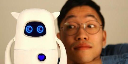 Roboter Musio kann nerven, helfen und alles besser wissen