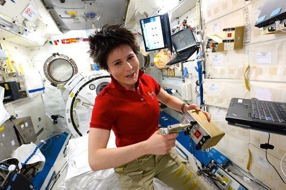 Keine andere Frau war je so lange im All wie die italienische AstronautinSamantha Cristoforetti. Sie stellte am Sonntag einen neuen Rekord auf.
