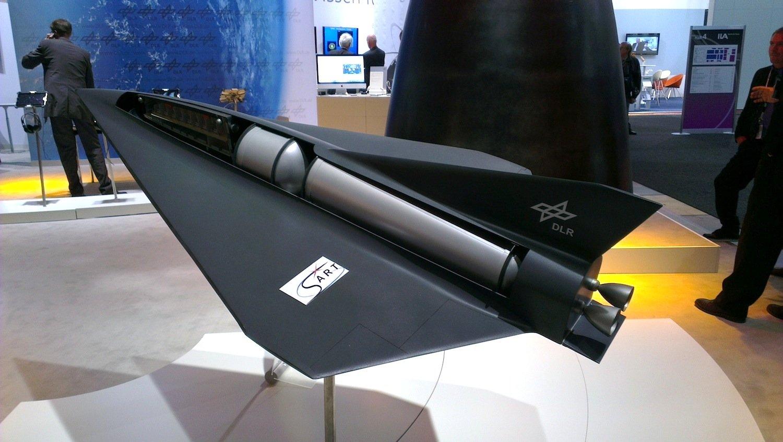 Spaceliner des DLR: Der Raumgleiter soll 50 Passagier mit 20-facher Schallgeschwindigkeit transportieren.