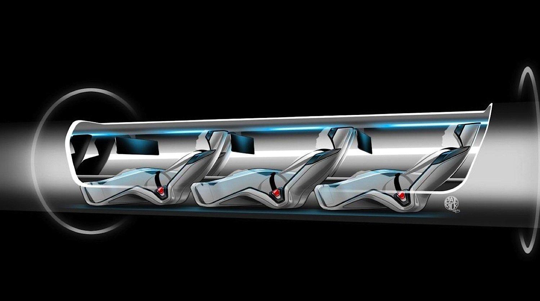 Passagierkapsel des ÜberschallzugsHyperloop: Sie ist 1,35 m breit und 1,10 m hoch. Passagiere müssen wie in einem Liegestuhl Platz nehmen.