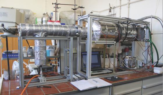 Laborspeichersystem der Technischen Hochschule Wildau: Für Desorptions- und Adsorptionsmessungen lässt es sich mit 1,5 kg Zeolith befüllen.