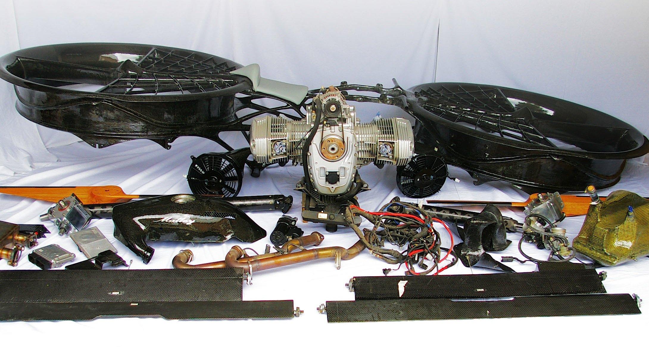Bausatz für das Hoverbike: Die Zahl der Bauteile ist übersichtlich.