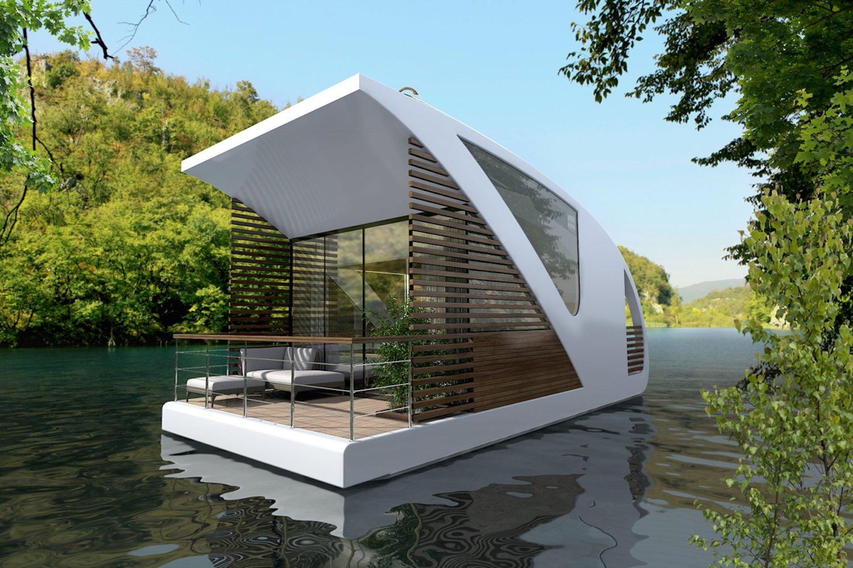 Schwimmendes Hotelzimmer unterwegs: In ruhigen Gewässern können die Gäste kurzerhand eine Bootstour im Zimmer unternehmen.