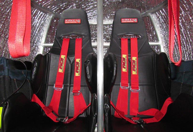 Die Rettungskapsel Survival Capsule ist mit Sitzen ausgestattet. Es gibt sie in unterschiedlichen Größen für bis zu zehn Personen.