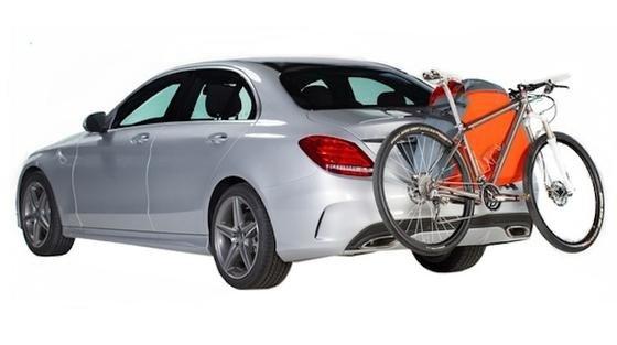 TrunkMonkey hat eine aufblasbare Transportvorrichtung für Fahrräder erfunden. Der Kofferraum-Affe eignet sich für alle Auto- und Fahrradtypen.