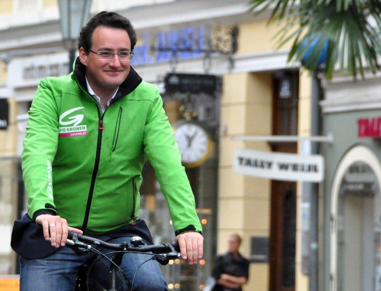 Matthias Köchl ist Nationalrat in Österreich und macht sich besonders für das Radfahren und die Elektromobilität stark.