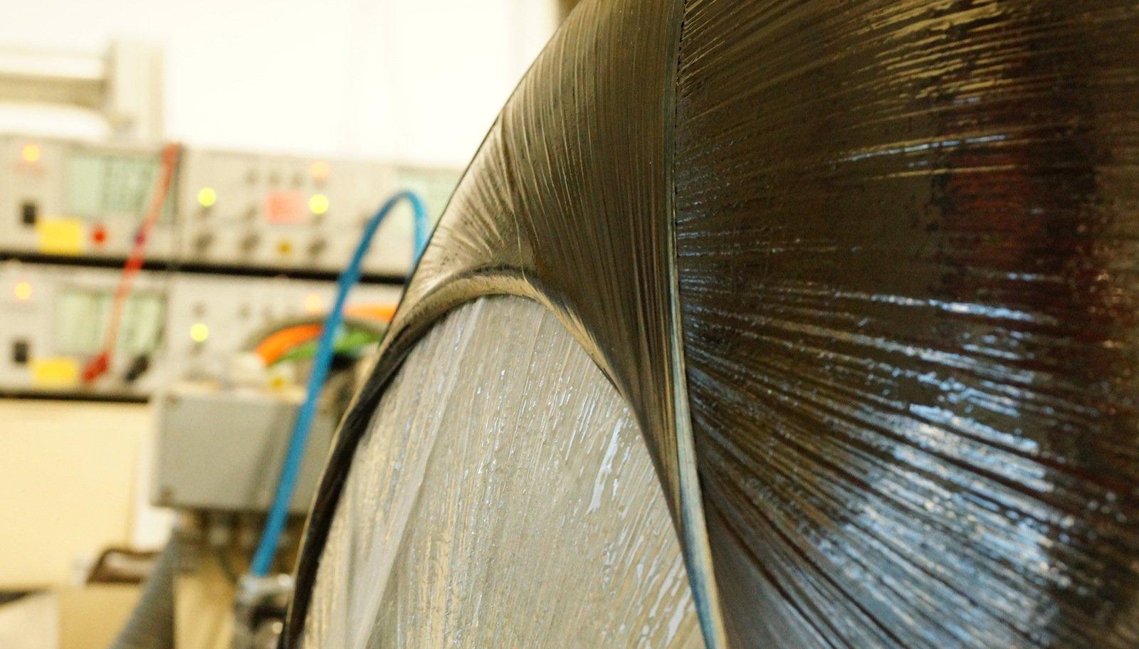 Die Kryo-Tanks für das EU-Projekt Chatt wurden aus neuartigen carbonfaserverstärkten Kunststoffen (CFK) gefertigt. Diese Materialien sind leicht und gleichzeitig stabil.