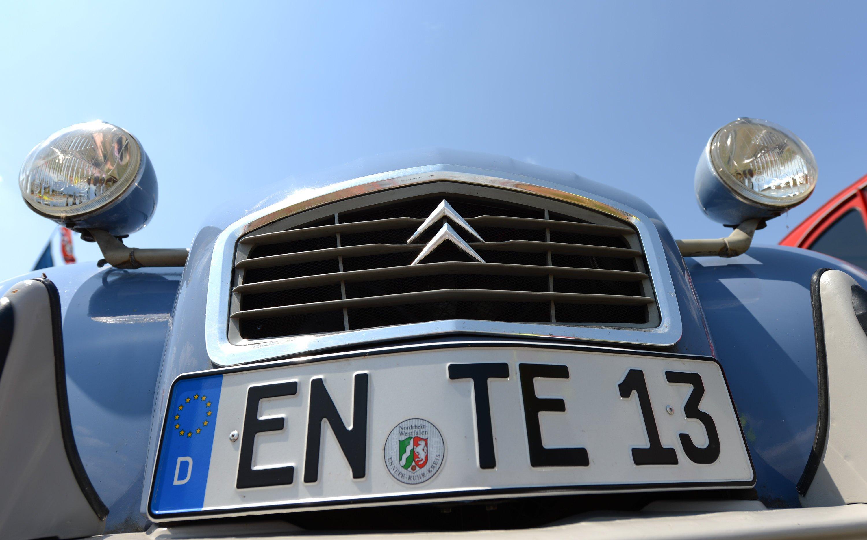 Die Ente mit dem Kennzeichen EN - TE 13 wurde im Juli 2014 beim Deutschlandtreffen der Freunde des Citroen 2CV gesichtet.