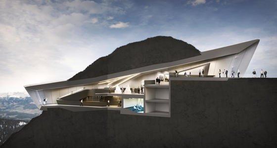 Messner Mountain Museum in Südtirol: Der Bau aus Sichtbeton gräbt sich in den2275 m hohen Kronplatz-Gipfel hinein.