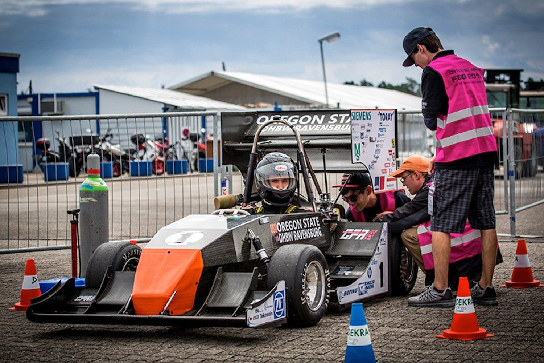 Selbstgebauter Rennwagen der DHBW Ravensburg: Dem Team GFT gelang am Wochenende beim Formula Student Rennen am Hockenheimring die Titelverteidigung.