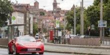 Fraunhofer-Ingenieure testen Elektrosportwagen auf öffentlicher Straße