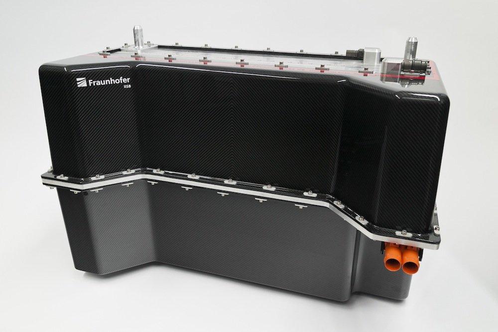 Batteriesystem des Fraunhofer IISB: Es soll sich mit einer Brennstoffzelle kombinieren lassen, um die Reichweite des Elektrowagens zu erhöhen.