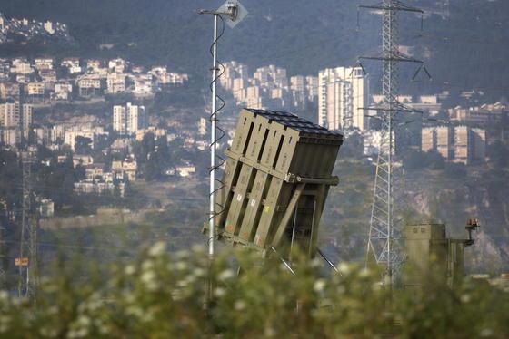 Das israelische Raketenabwehrsystem Iron Dome im Mai 2013 nach einem Einsatz in Haifa.