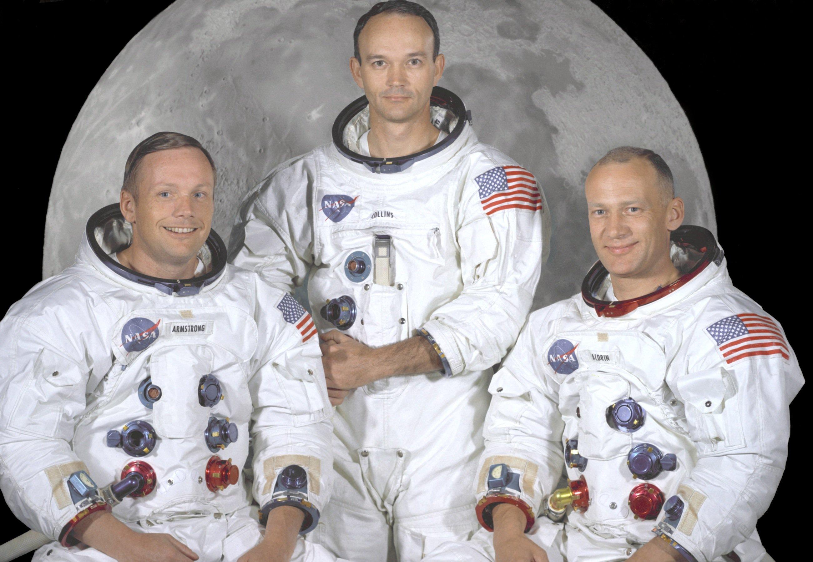 Die ersten Menschen auf dem Mond (v.l.): Kommandeur der Apollo 11, Neil A. Armstrong, Pilot Michael Collins, der während des Aufenthaltes auf dem Mond an Bord blieb, und Edwin Buzz Aldrin.