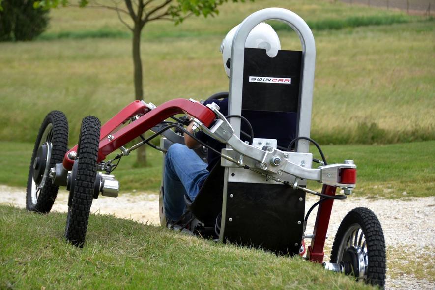Elektroauto Swincar gleicht einer Spinne auf Rädern