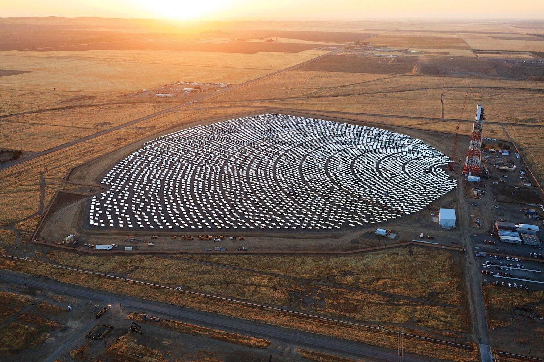 Solarkraftwerk von Bright Source Energy im kalifornischen Coalinga.