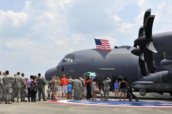 Sollen künftig mit Mikrowellen-Waffen ausgestattet werden: die von Lockheed Martin produziertenFlugzeuge des Typs AC-130.