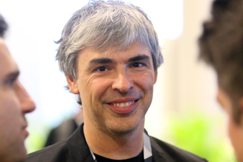 Larry Page tritt als Geschäftsführer von Google zurück und wird CEO von Alphabet. Ab Jahresende notieren die Google-Aktien unter neuem Namen.
