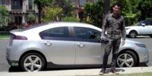 Hacker Samy Kamkar öffnet Garagentore und Autotüren