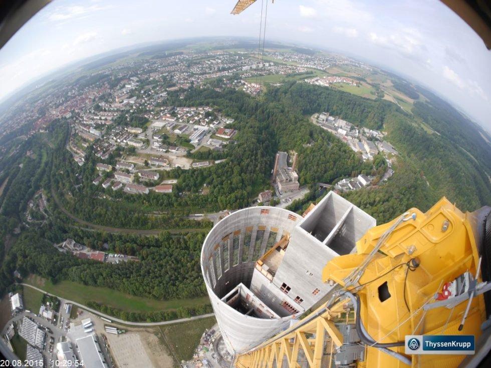 ThyssenKrupp Elevator: Aufzug-Testturm in Rottweil im Rohbau fertig