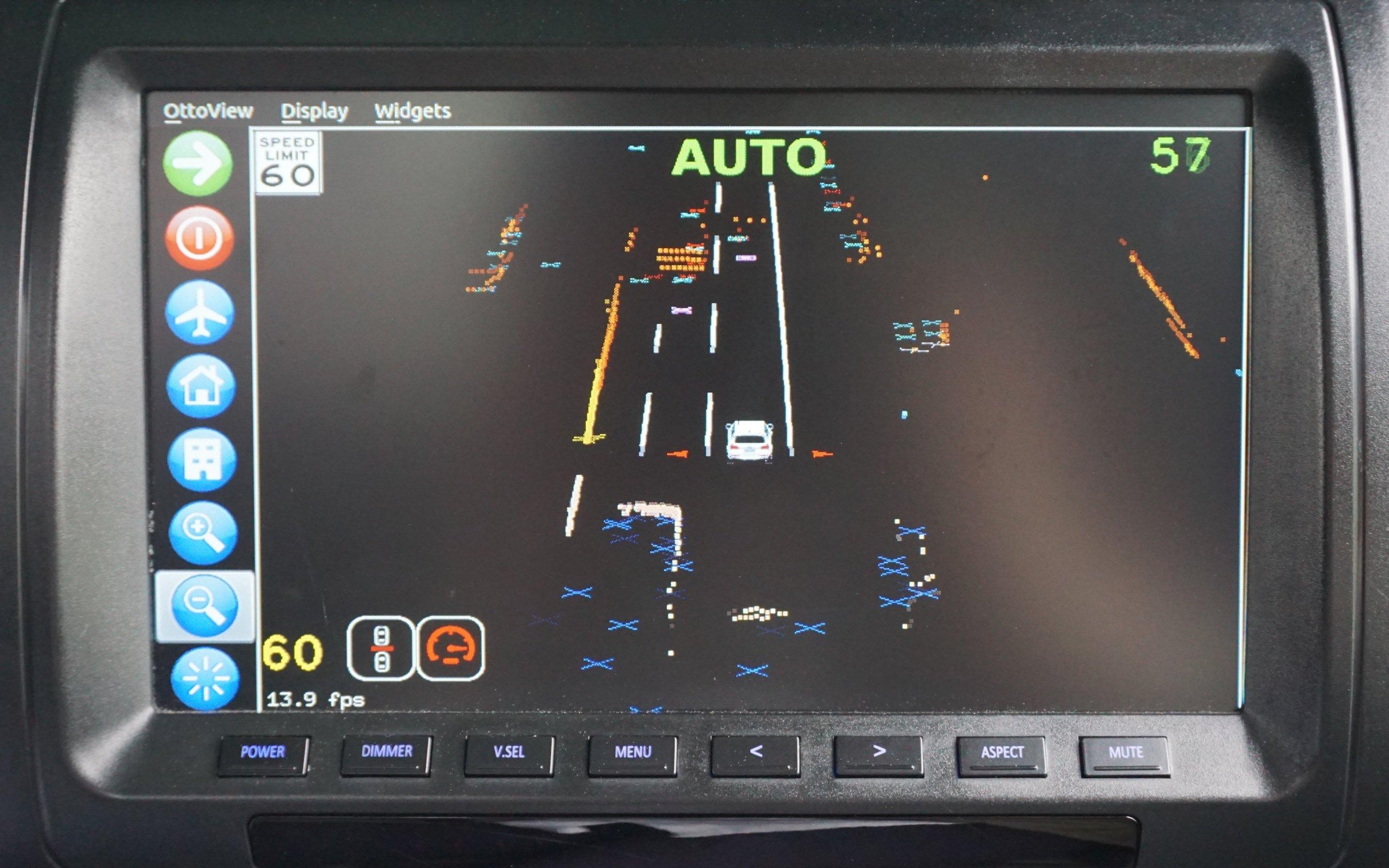 Eine spezielle Software ermöglicht autonomes Fahren. Sie wertet Informationen der Kameras, Sensoren und des Laser-Radar-Systems Lidar aus.