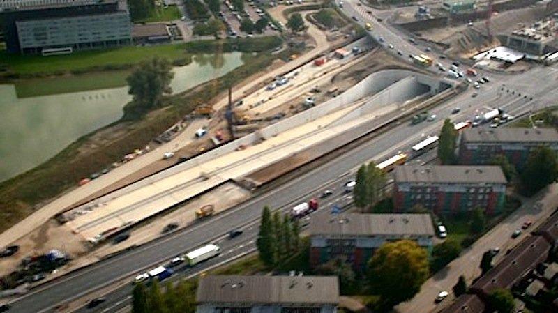 Der Tunneleingang bei Geusselt aufgenommen aus der Luft. Der Rohbau ist inzwischen fertig.
