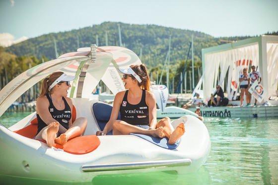 Chillen auf Chilli Island: Die Luxus-Badeinsel verwöhnt die Passagiere, kostet allerdings auch 9450 €.