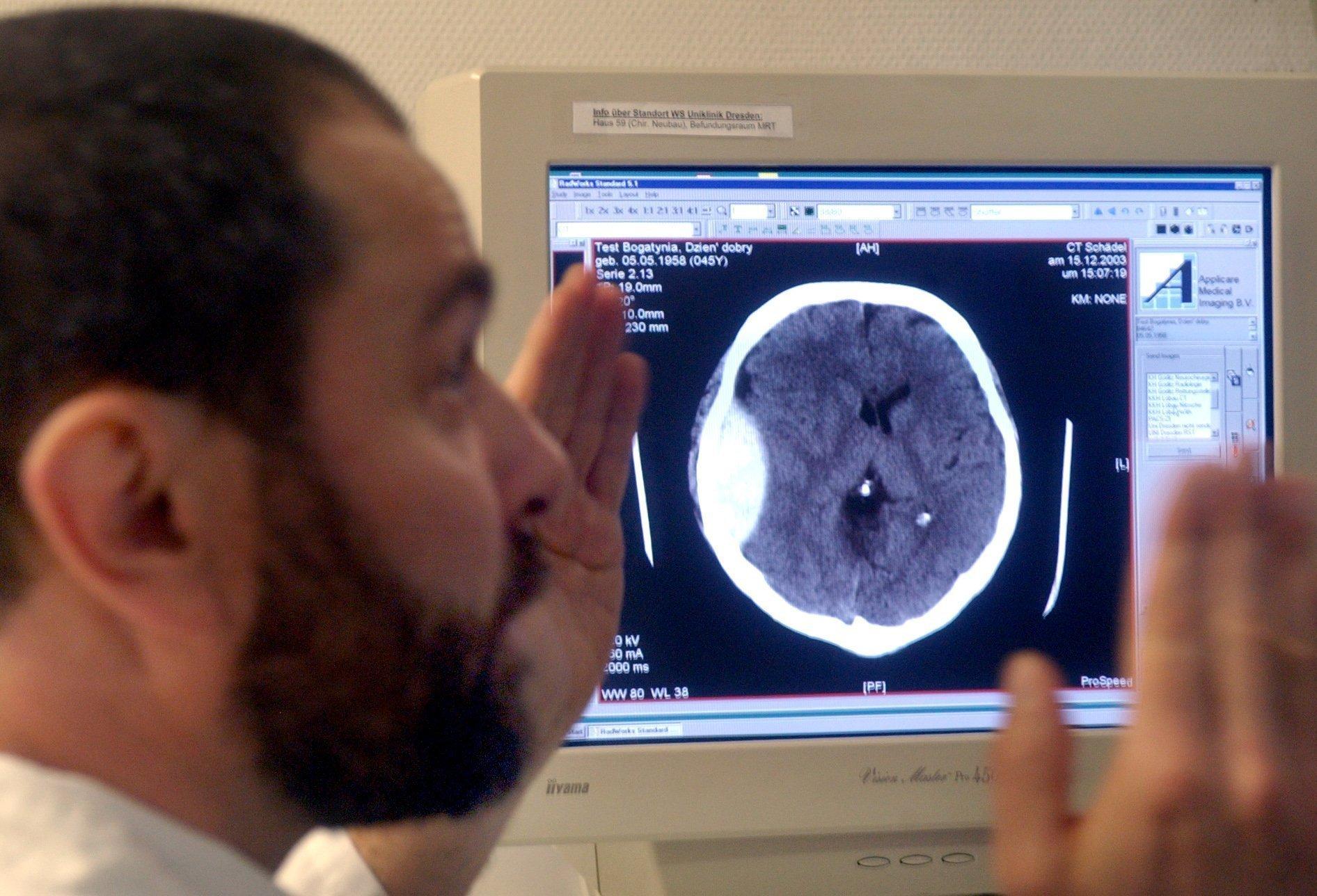 Telemedizin, bei der Diagnosen aus der Ferne gestellt und Therapien angeboten werden, finden 38 % der Deutschen gut.