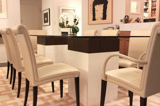 EverBlock: Mit denBausteinen aus Polypropylen lassen sich individuelle Möbel kreieren.
