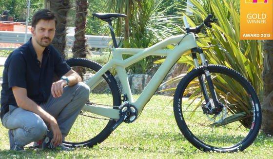Auf der Eurobike 2015 hatte das Unternehmen Eurocompositi Erfolg: Der kompostierbare Fahrradrahmen erhielt die Goldmedaille des Eurobike Award 2015.
