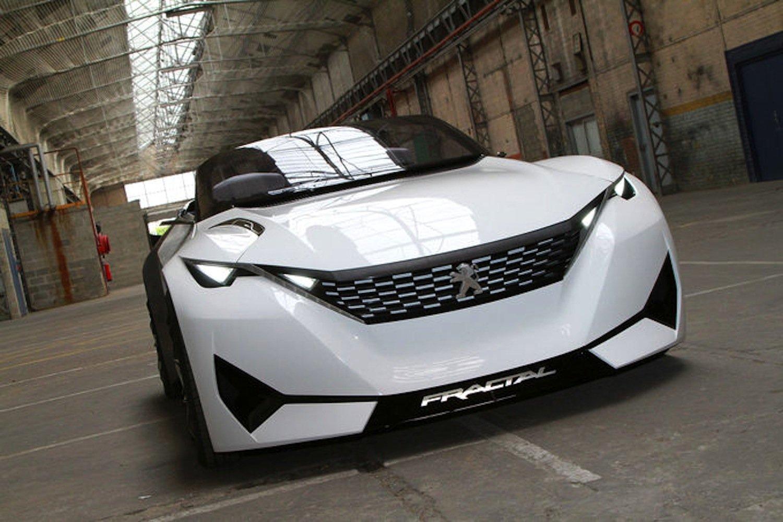 Peugeot Fractal: Das E-Auto soll mit 102-PS-Motor und einer 30 kWh-Batterie 450 km weit fahren können.
