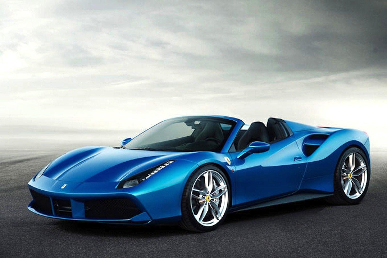 Ferrari 488 Spider: Der Flitzer beschleunigt mit einem 670-PS-Motor in drei Sekunden auf 100 km/h.