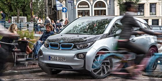BMW i3 im Straßenverkehr