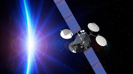 Illustration des ABS-3A: Der Satellit von Boeing fliegt erfolgreich mit einem vollelektrischen Antrieb.