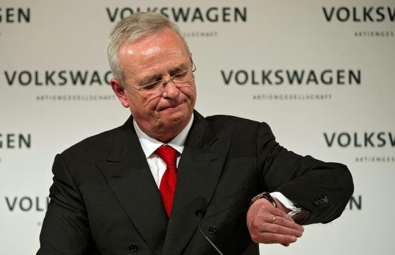 Für Martin Winterkorn ist es Zeit zu gehen. Der VW-Chef hat die Verantwortung für den Skandal übernommen und ist zurückgetreten.