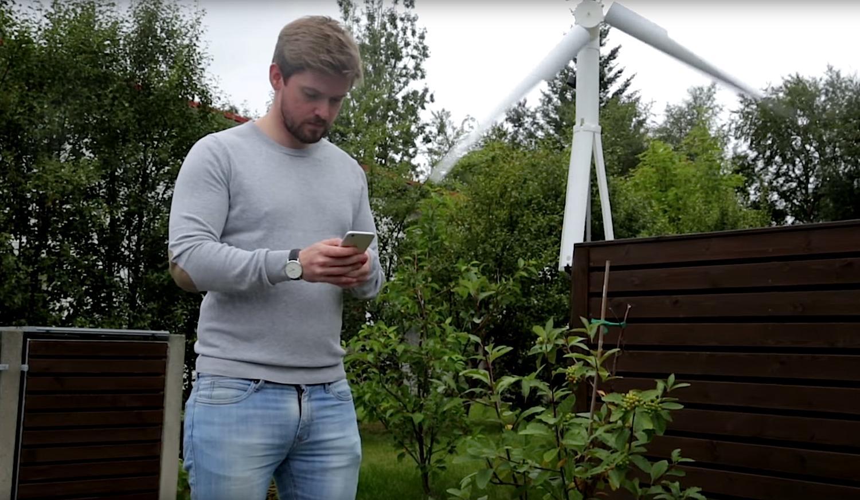 Trinity 2500 lässt sich mit dem Smartphone anschalten. Kostenpunkt für die mobile Windkraftanlage: 5599 $.