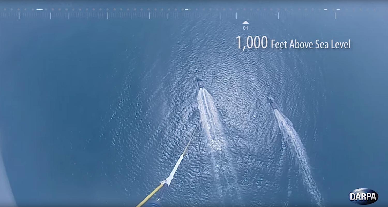 Talon in 304,8 m Höhe: Der Drache ist stark genug, um 68 kg schwere Aufklärungstechnik in die Luft zu heben.