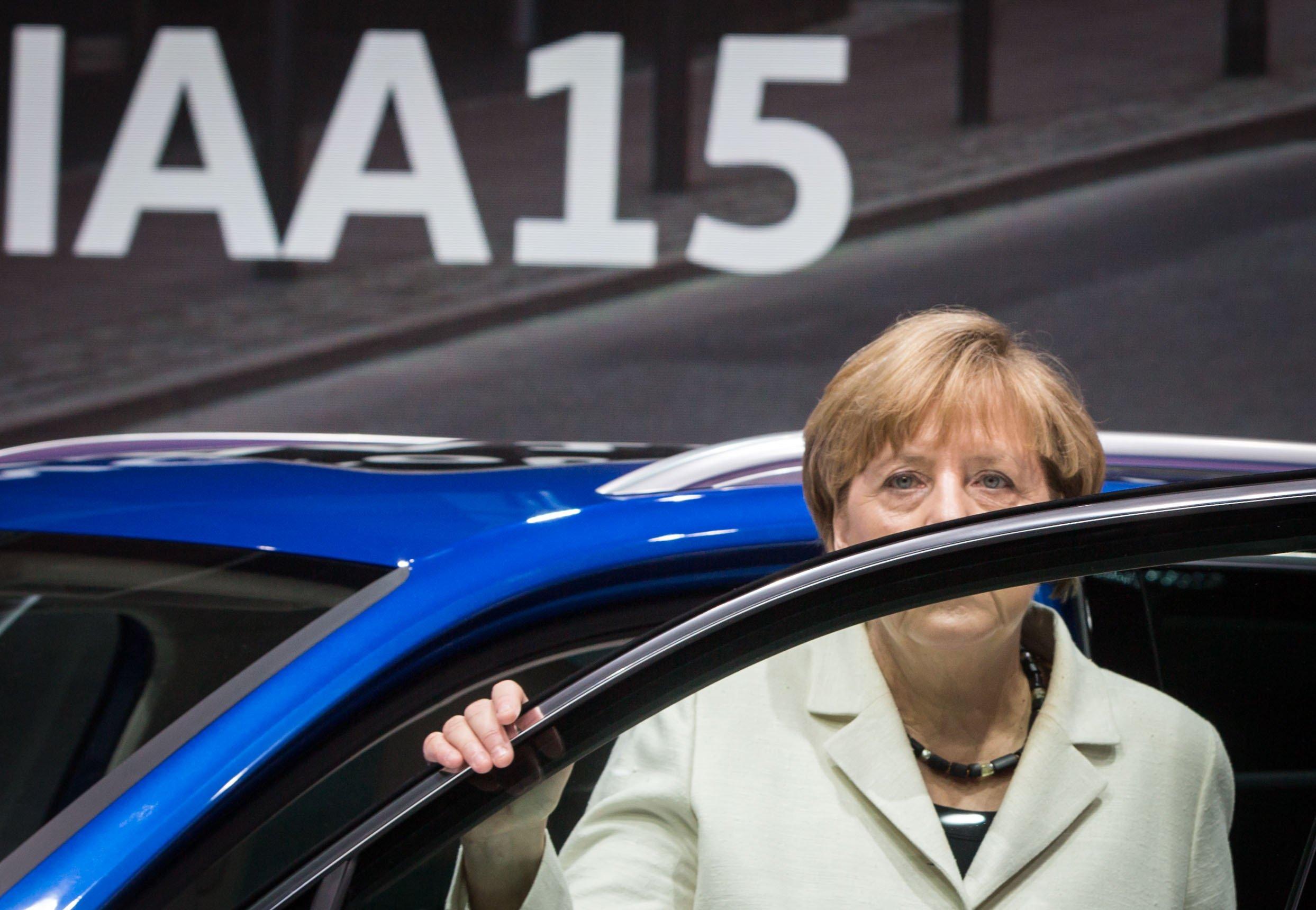 Bundeskanzlerin Angela Merkel versuchte am Wochenende im VW-Skandal zu beschwichtigen: Dadurch werde die